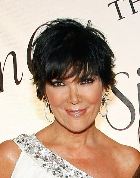 dark hair with graduated layers kris jenner graduated bob kris jenner hairstyles kris
