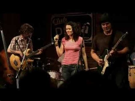 the new bohemians edie brickell and new bohemians no dinero texas 06