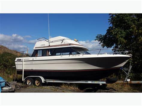 bayliner boats pei 24 5 ft bayliner flying bridge west shore langford