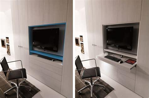 armadio con televisione armadio con pannello televisore girevole