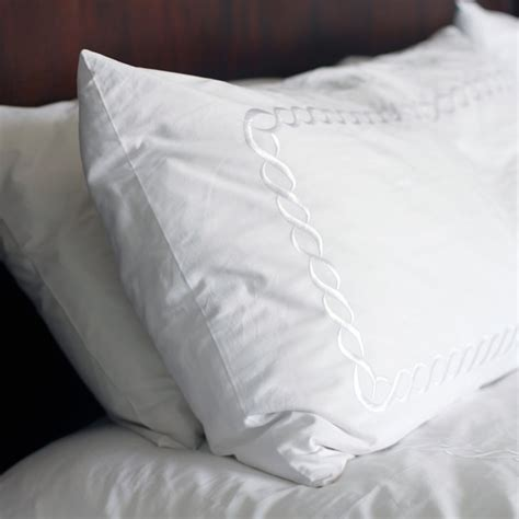 how to clean bed pillows 28 images how to wash and how to wash pillows popsugar smart living