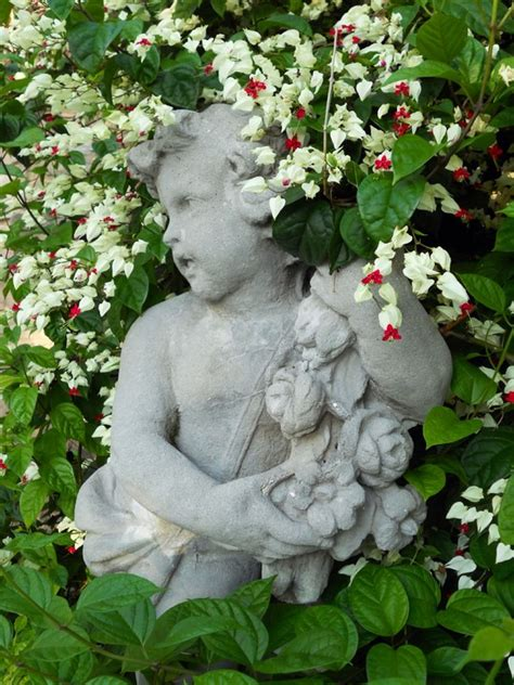 Flower Garden Statues 50 Stunning Garden Statue Ideas Ultimate Home Ideas