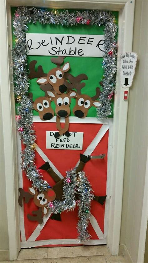 office holiday door contest pin by wendy dow on b boards door decorating contest doors and decoration