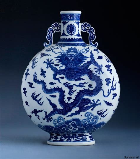 antique chinese porcelain ls a rare blue and white dragon moonflask q0004 sunrise