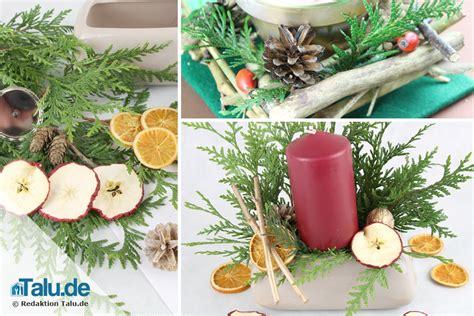 Weihnachtsgestecke Selber Machen Anleitungen by Weihnachtsgesteck Aus Naturmaterialien Selber Machen Talu De