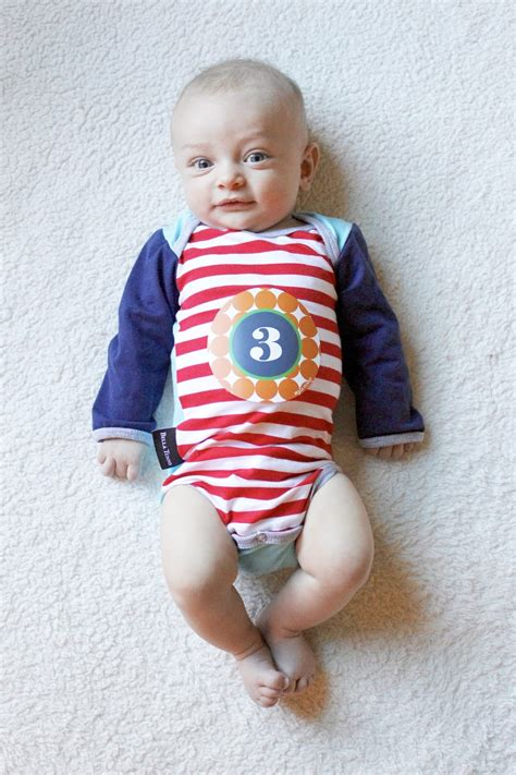 baby swing for 3 month old baby update 3 months old stilettos diapers