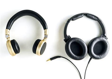 best on ear earphones headphones and earphones co uk