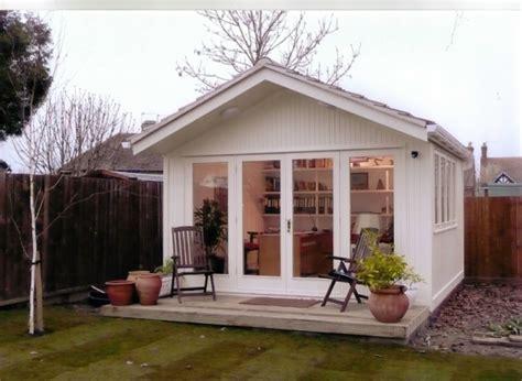 Grey Gardens Floor Plan Holz Gartenhaus D 228 Mmen Das Material Und Was Noch Zu