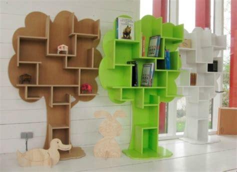 membuat kerajinan rak buku memanfaatkan barang bekas sebagai bahan untuk membuat rak