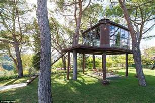 Rent A Treehouse Uk - airbnb reveals the 10 hottest properties around the world daily mail online