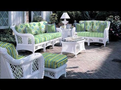 White Wicker Patio Furniture by Get A Decent Look With White Wicker Patio Furniture