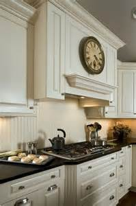 Kitchen Cabinet Backsplash 25 Beadboard Kitchen Backsplashes To Add A Cozy Touch Digsdigs