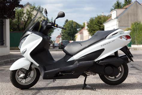 Motorrad Roller Bilder by Suzuki Burgman 125 Motorrad Fotos Motorrad Bilder