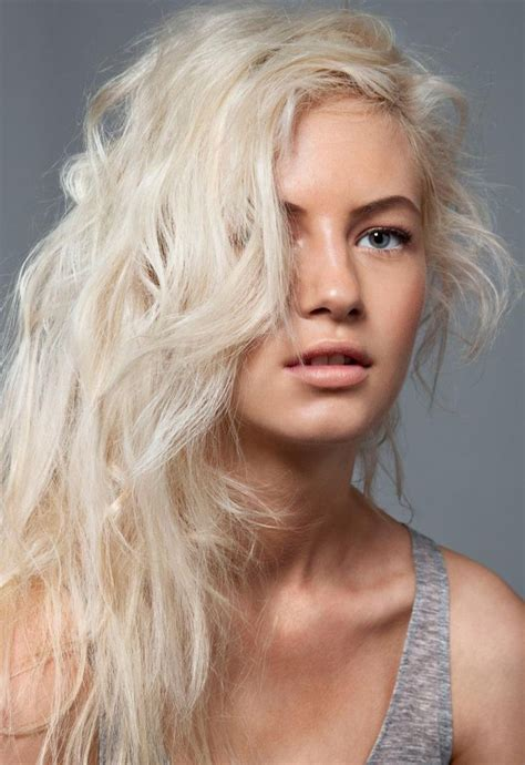 blonde with colours white blonde hair tips color pinterest