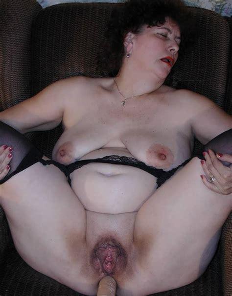 Fat mature anal sex clips