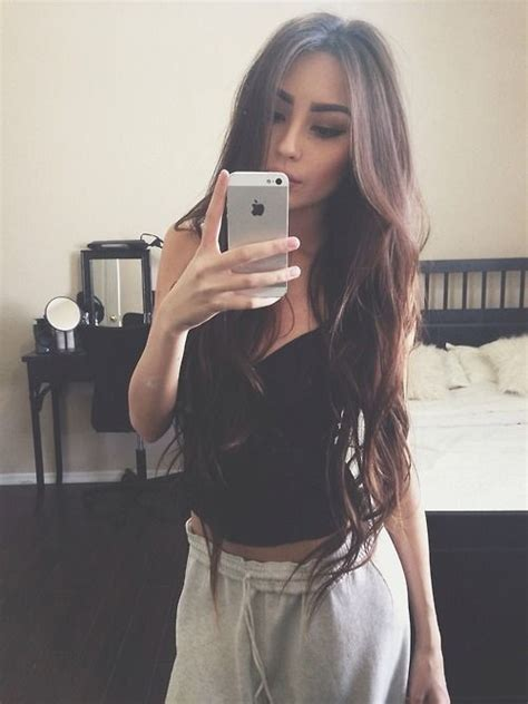 selfie mirror 50 cute selfie poses ideas tips for girls best for