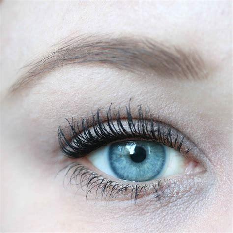 L Oreal False Lash Superstar loreal false lash superstar x fiber mascara innenaussen