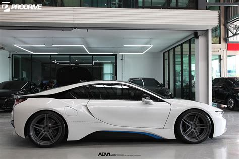 bmw i8 modified crystal white pearl metallic bmw i8 adv05 m v2 cs