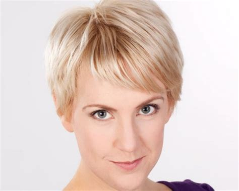 haircuts for women over 50 with large nose flattering hairstyles for big noses short hairstyle 2013