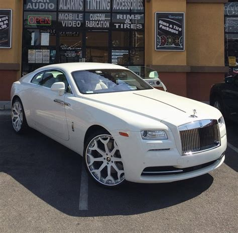 customized rolls royce this customized rolls royce wraith belongs to a rapper