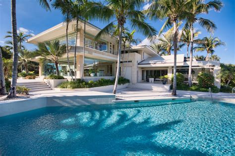 this jupiter island home just sold for 38 million