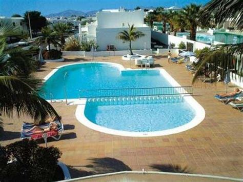 oasis appartments oasis apartments puerto del carmen lanzarote canary