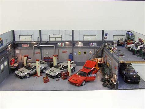 garage diorama 118 buysell abandoned model car