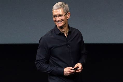 apple ceo tim cook im proud to be tim cook i m proud to be outsmart magazine