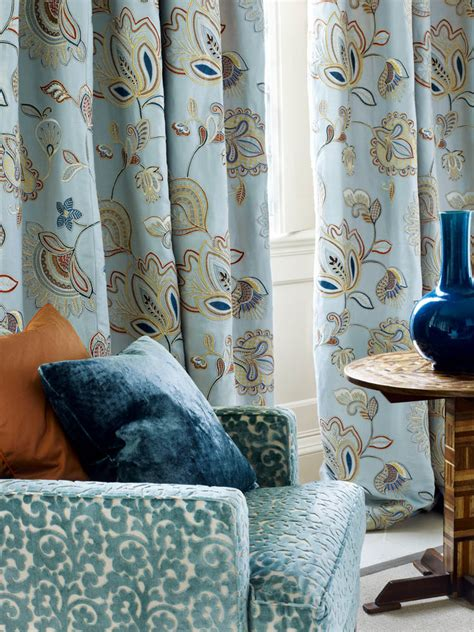 colefax and fowler upholstery fabrics colefax fowler fabrics wallpapers english traditions