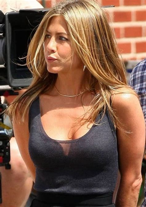 Aniston Lives In Fear Of Fashion by 181 Best Aniston Images On