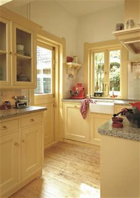 butter yellow kitchen cabinets yellow kitchen cabinets on