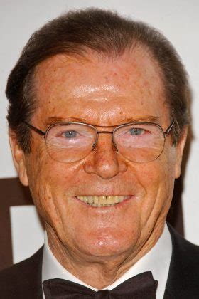 roger moore photo1 photo acteur roger moore