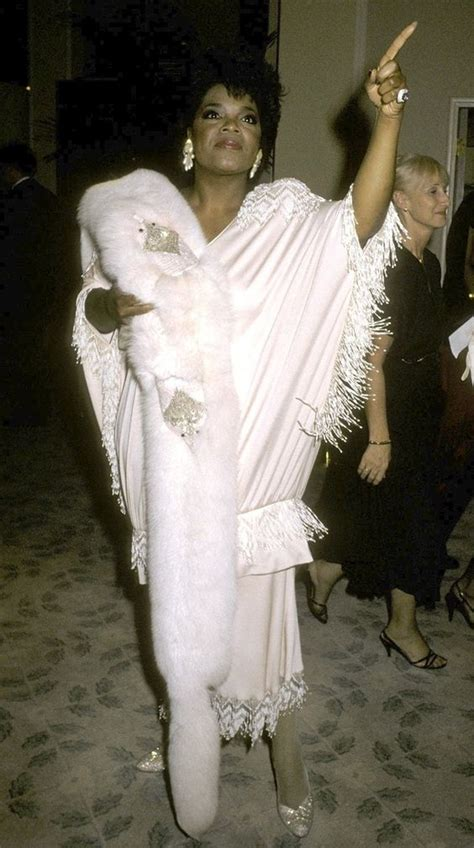 oprah winfrey outfits 21 fantastic oprah winfrey outfits from her early career