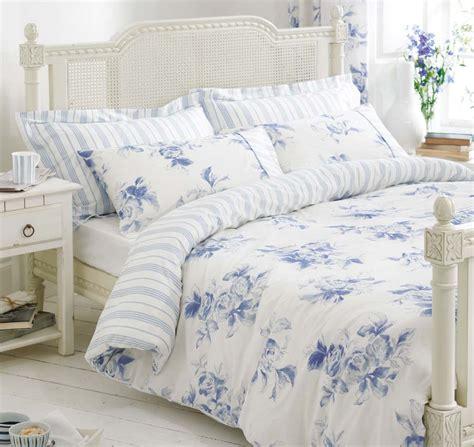 Blue White Bedding /Bed Linen Floral & Stripe Reversible