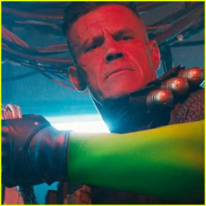 deadpool 2 trailer song deadpool 2 trailer gives in depth look at cable