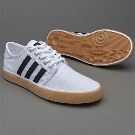 Harga Adidas White Original sepatu sneakers adidas originals seeley decon ftwr white