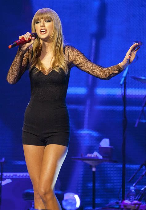 taylor swift sexiest outfit taylor swift tswift pinterest