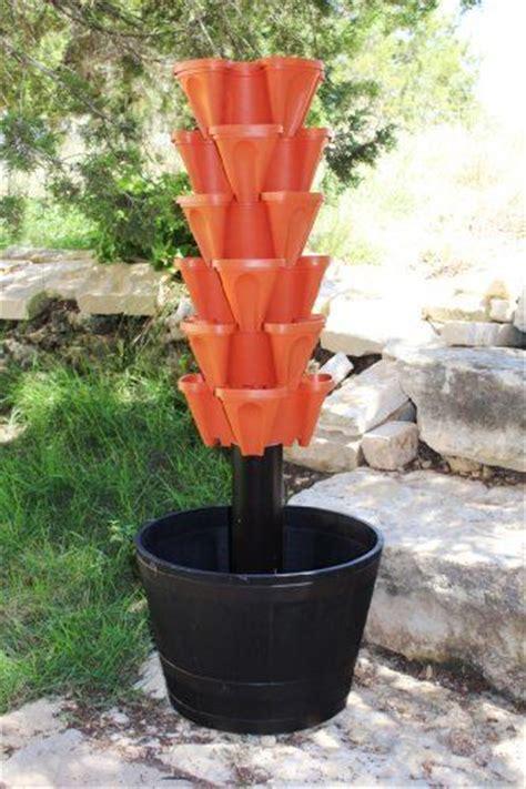 Terracotta Pot Vertical Garden 18 Best Images About Hydroponics On Gardens