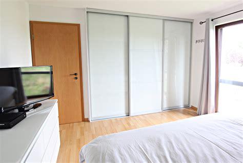 armoire pour chambre mansard馥 dressing pour chambre mansarde dressing
