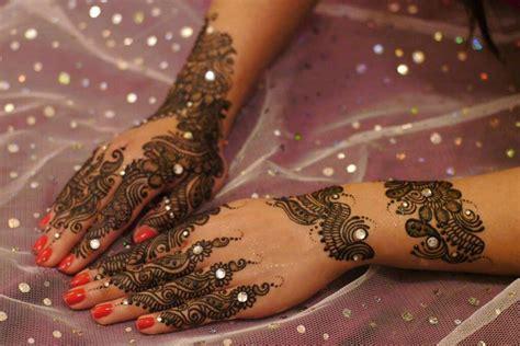 mehndi hina designs   pakistani  indian girls