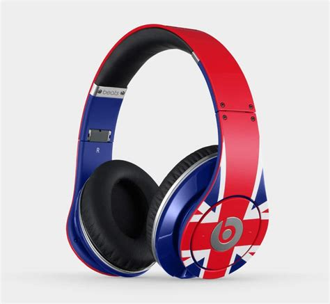 Headphones Beats Dr Dre Beats By Dr Dre Headphones Take Center Stage At
