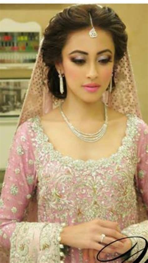 casual hairstyles in pakistan best 25 natasha salon ideas on pinterest pakistani