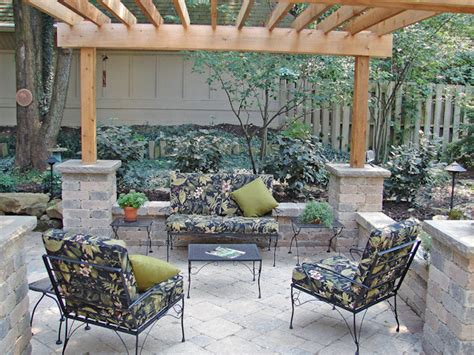 outdoor living spaces on a budget 4 basic designs to build an outdoor living modern kitchens