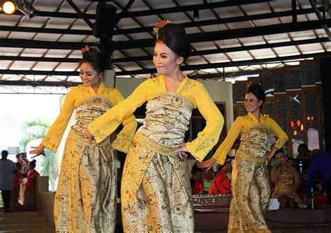 enem kabeh  suku  jumlah terbesar  indonesia