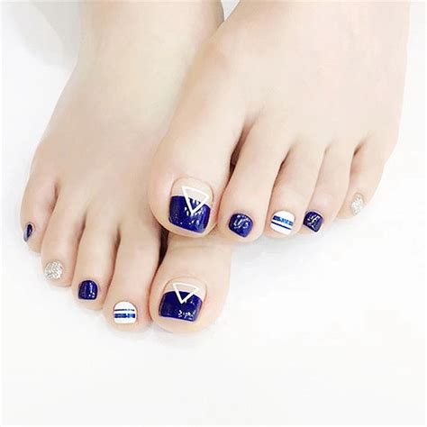 patterned false nails fashion french blue with geometric triangle pattern false