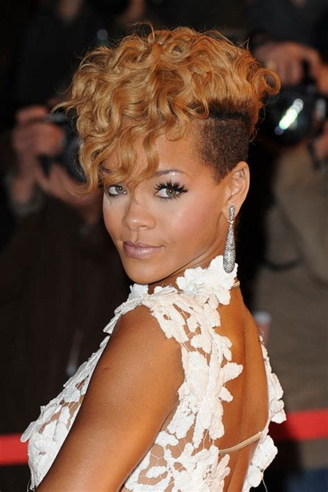 Rihanna Hairstyle by Rihannas Hairstyles