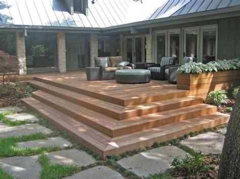 Deck L by 25 Best Ideas About Corner Deck On Small Deck