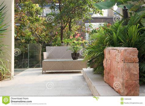 garten bakker patio patio trasero en jard 237 n imagen de archivo libre