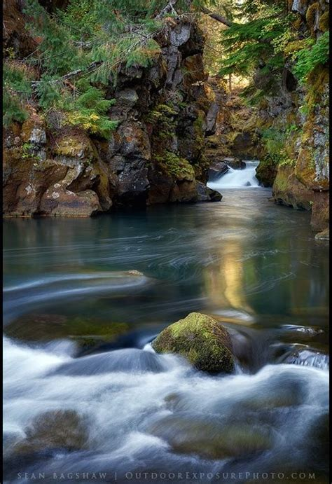 capturing oregon photographing  rogue river gorge