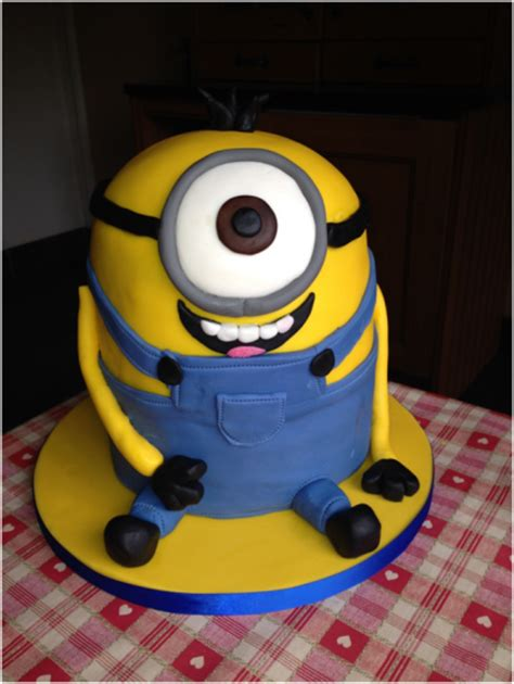 Simple Decoration Ideas How To Make A Despicable Me Minion Cake Dna Kids